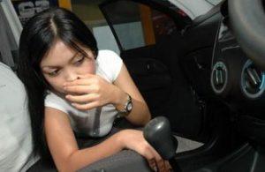 Penyebab AC Mobil Bau gak Sedap